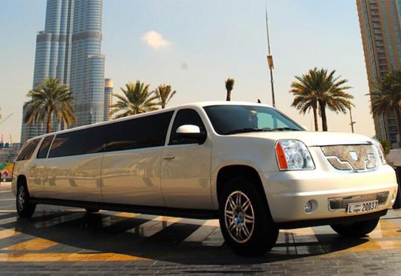 Why You Should Choose Limousines Over Public Transport